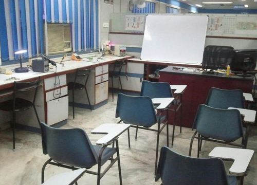 Why does to get hardware training rooms for rent in India